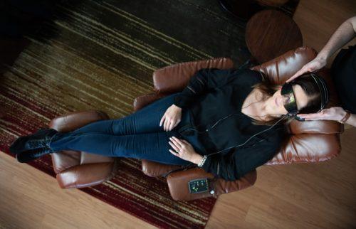 woman meditating with neurofeedback at LifeWise